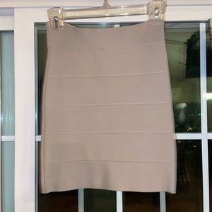 Tight high waist skirt
